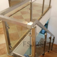 金日盛佛山厂家定做方圆管玻璃复式别墅家装304不锈钢楼梯扶手