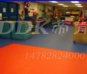 【办公室耐磨地胶】联锁耐磨地胶/pvc塑料耐磨地胶