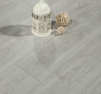诺雅林 欧式12mm强化复合木地板 国标防水耐磨家装木地板工厂直销