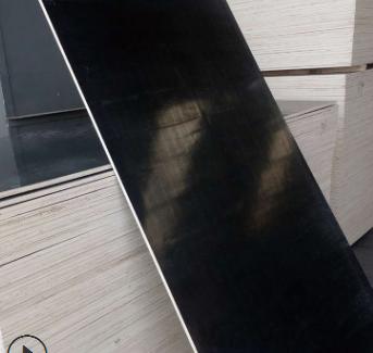 大量现货北京木质建筑模板三利板材绿色环保密度均匀木质建筑模板